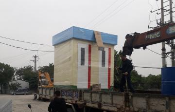 Giao nhà vệ sinh di động Vinacabin phục vụ cách ly y tế